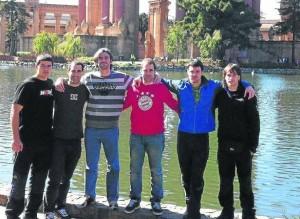 Left to right: Xabier Tolosa, Aitor Gorrotxategi, Fernando Palacios, Jon Zabala, Paul Ojuel, Aitzol Dorronsoro. Photo by Deia.