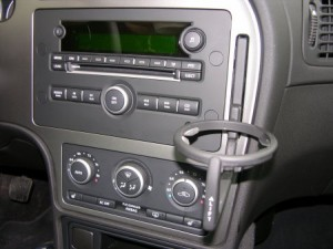 Saab_9-5_cupholder_detail