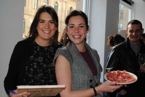 Nicole and Eli, culinary guide, with delicious cured iberian ham
